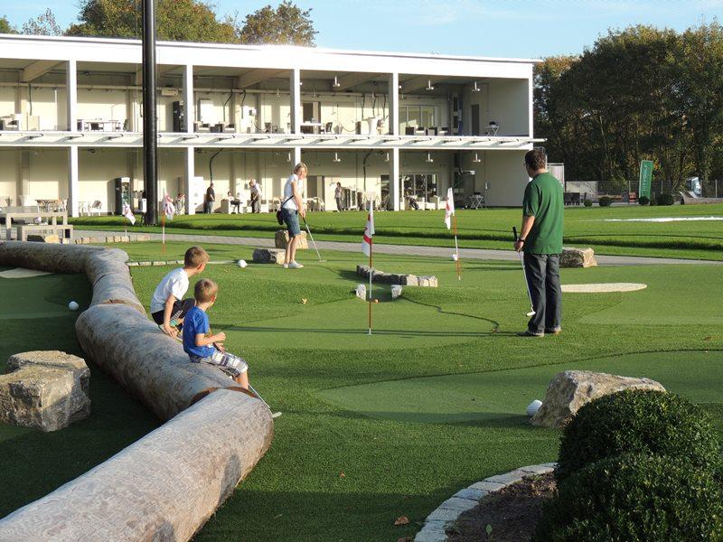 Golf mit der Familie