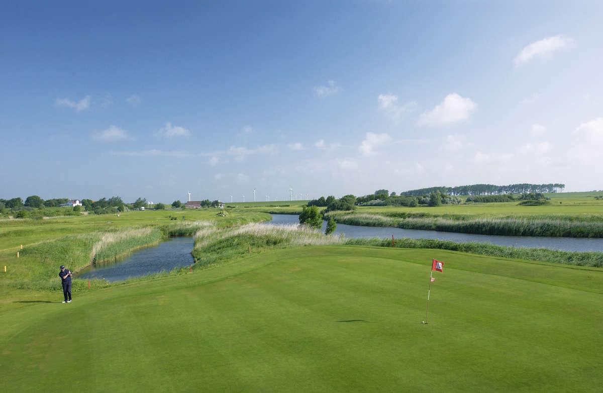 Impressionen vom Golfclub Büsum Dithmarschen. (Quelle: Golfclub Büsum Dithmarschen)