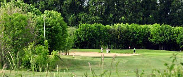 Blick auf das schöne Loch 7 (Quelle: Golfclub Schloss Horst)