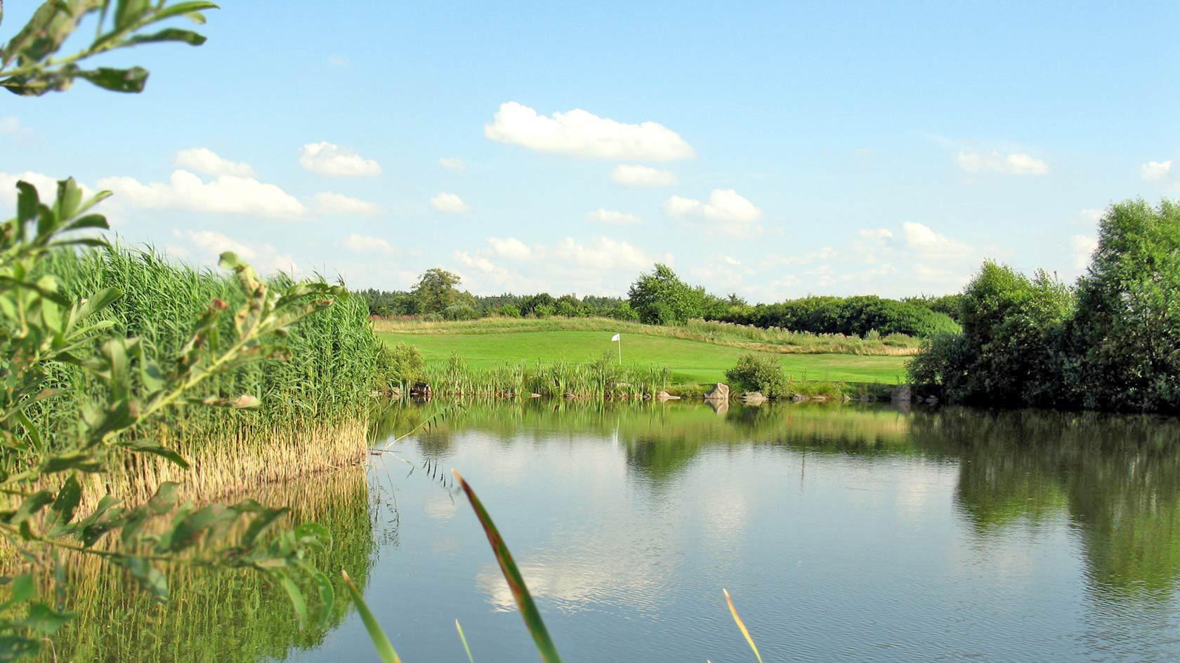 golfplatz_wasser_03.jpg