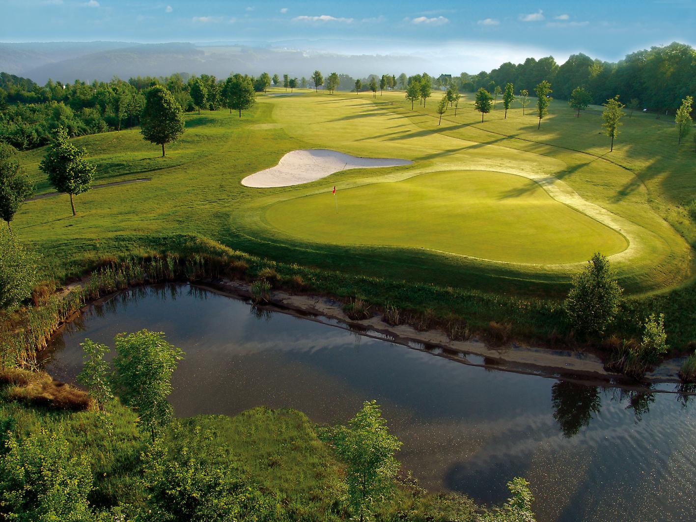Der Golfplatz vom Gut Heckenhof. (Foto: Gut Heckenhof)