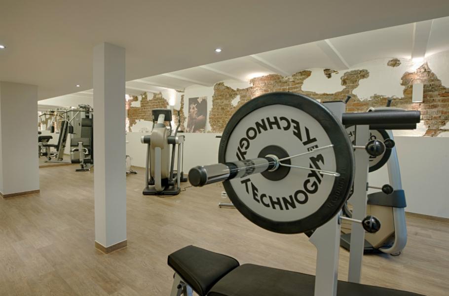 Fitness-Möglichkeiten gibt es im anliegenden Hotel. (Foto: Gut Heckenhof)