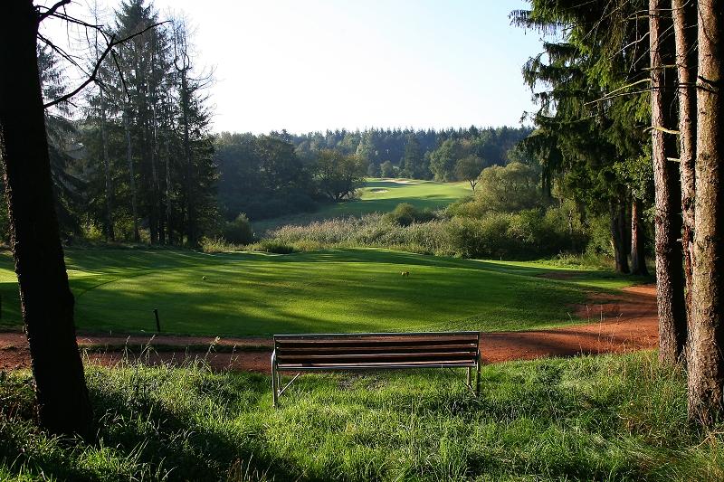 Der Golfpark bietet Golfern anspruchsvolle Bahnen in einzigartiger Natur. (Foto: Wendelinus Golfpark St. Wendel)