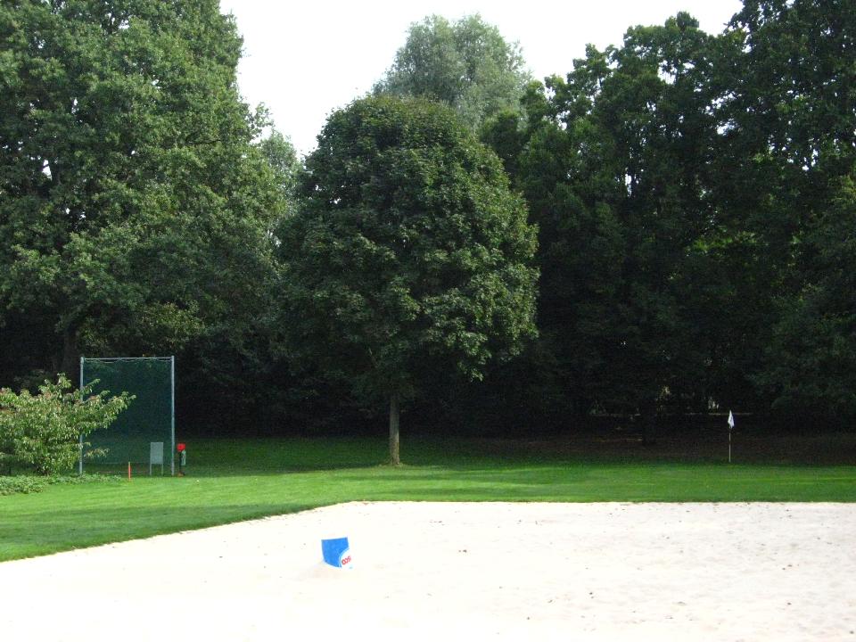 beachvolleyballplatz-an-der-1