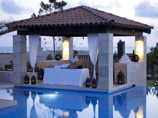 <h2>Spa Pavillion</h2>Genießen Sie nach einer unvergesslichen Runde Golf eine entspannende Massage, die auf griechischen Heilmethoden basiert (Foto: Costa Navarino).