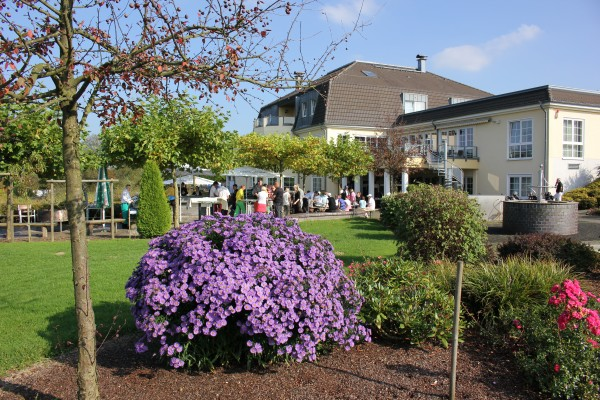 An sonnigen Tagen wird im GC Dreibäumen regelmäßig nach den Turnieren gegrillt. (Foto: GC Dreibäumen)