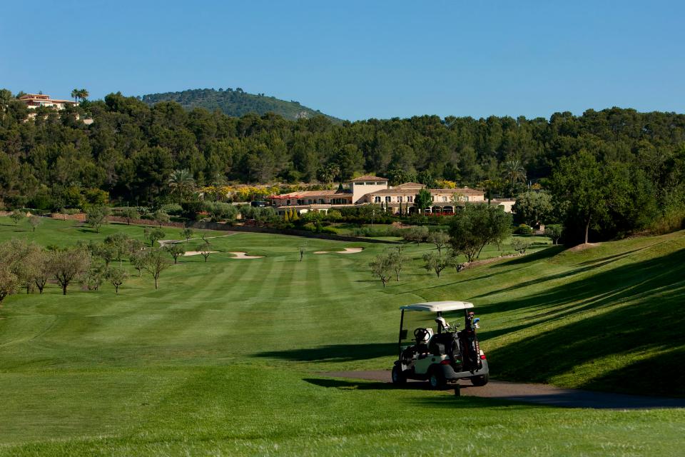 Nach Abschluss der 9. Spielbahn eröffnet sich dem Spieler ein toller Blick auf das Clubhaus. (Foto: Arabella Golf Son Muntaner)
