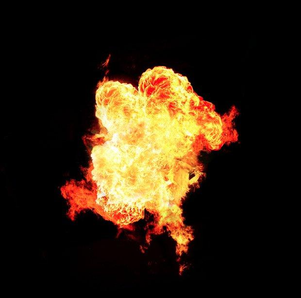 20121219-explosion