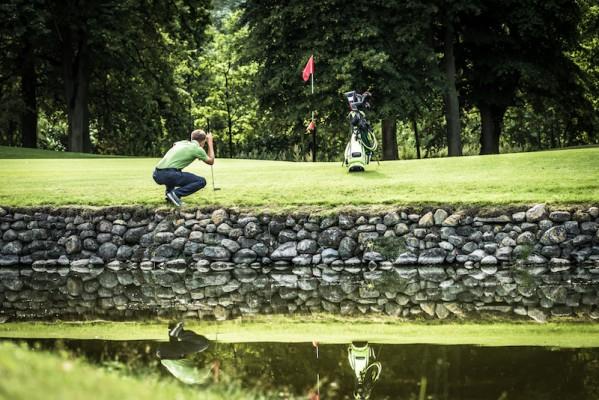 Der Schloss-Platz hat alles, was ein Weltklasse-Golfplatz bieten muss.