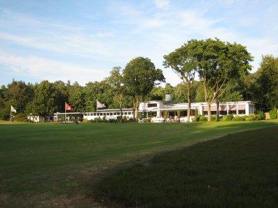 - Golfplatz in Hamburg