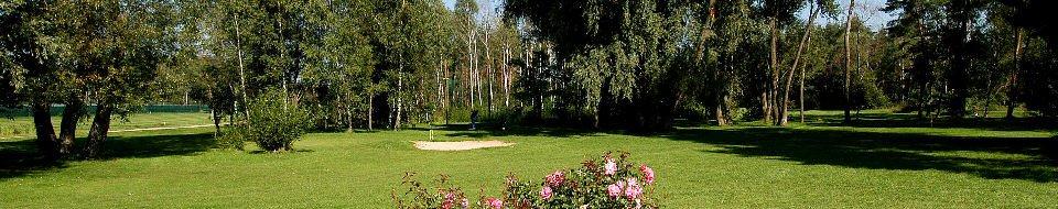 Ein Blick auf die Golfanlange des Golfclubs Hauptsmoorwald Bamberg