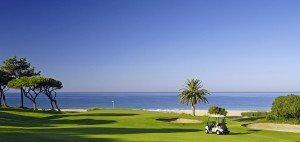 Golfreisen in die Algarve bieten ganzjährig traumhafte Bedingungen zum Golfen