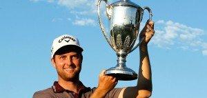 Chris Kirk freut sich über seinen zweiten Sieg auf der PGA Tour (Foto: Getty)