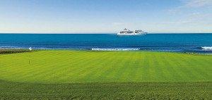 Mit MS Europa sorgenfrei die schönsten Golfplätze spielen: Hapag Lloyd Kreuzfahrten machen es möglich! (Foto: Hapag Lloyd)