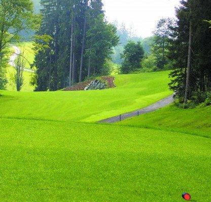 Der Golfclub Goldegg im Pongau ist ein herausfordernder 18-Loch Platz