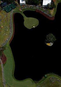 Klein aber fein - das 17. Loch des TPC Sawgrass. (Foto: Getty)