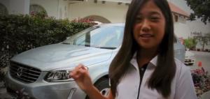 Die 12-jährige Natasha Oon gewann mit ihrem Hole-in-One ein neues Auto.