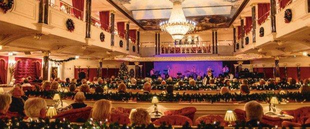 Der Kaisersaal erinnert an ein Varieté-Theater aus den Goldenen Zwanzigerjahren. (Foto: MS Deutschland)
