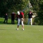 Karolin Lampert beim letzten und entschiedenden Putt. (Foto: Golf Post)