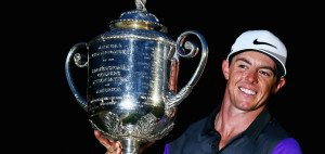 Bis zum letzten Augenblick musste Rory McIlroy kämpfen, denn seine Konkurrenten Phil Mickelson, Henrik Stenson und Rickie Fowler gönnten ihm keine ruhige Minute. Am Ende des Tages - fast schon bei Nacht - hieß der Sieger der PGA Championship jedoch Rory McIlroy. (Foto: Getty)