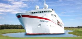 Die MS Deutschland bietet Kreuzfahrten mit dem Thema Golf an (Foto: Reederei Peter Deilmann)