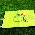 Einer der Auktionspreise ist eine von Bubba Watson signierte Pinflag. (Foto: Solheim Cup)