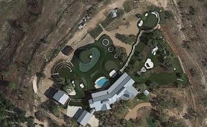 """Das """"Golfer's Paradise"""" aus der Vogelperspektive - Eines Tages ... (Foto: Google Earth)"""