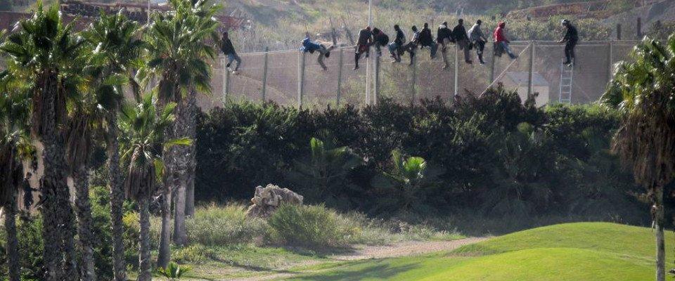 Die Flüchtlinge und der Golfplatz