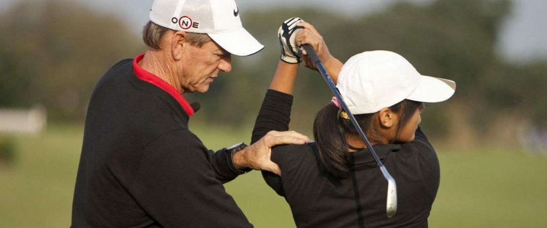 Die Ausbildung zum PGA Professional ist für Haupt- und Nebenberufler zugänglich, aber man muss sich min. ein Handicap von 6,0 erspielen.