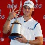 Drei hat er schon: Martin Kaymer mit der Falcon Trophy 2011. (Foto: Getty)
