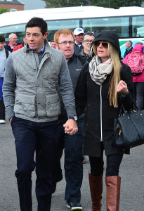 Hand in Hand: Rory McIlroy und Erica Stoll. (Foto: Getty)