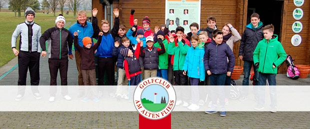 In diesen Sommerferien finden im Golfclub Am Alten Fliess Sommercamps für Kinder im Alter von 6 bis 16 Jahren statt. (Foto: Golf Post)
