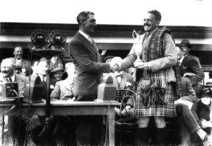 Im Juli 1931 gewinnt Tommy Armour aus Schottland den Claret Jug. (Foto: Getty)