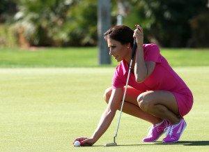 Ähnlich gut am Ball wie vor der Kamera: Holly Sonders von Fox Sports. (Foto: Getty)