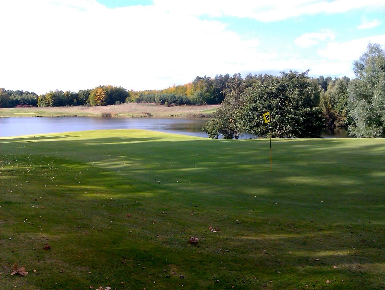 Gdansk Golf & Country Club, Loch 16: Blick vom Grün (Foto: Michael F. Basche)