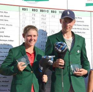 Die begehrten grünen Jackets haben zwei neue Besitzer gefunden. (Foto: globaljuniorgolf)