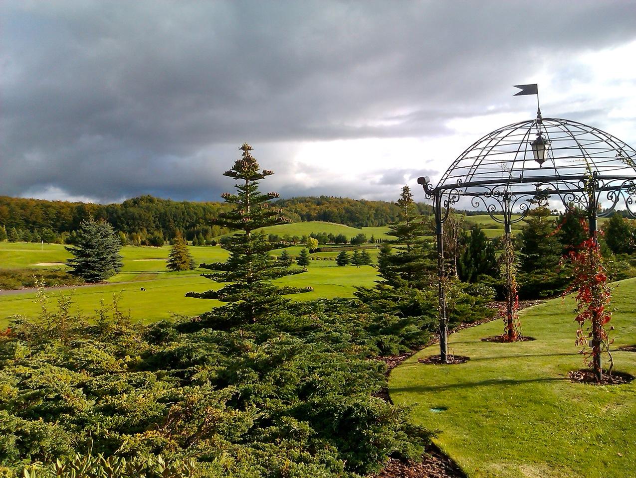 Sierra Golf Club, Panorama: Feiner Parklandplatz (Foto: Michael F. Basche)