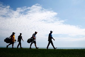 Martin Kaymer und Tiger Woods am Donnerstag. (Foto: Getty)