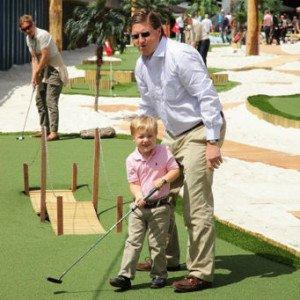 Golf als Freizeitvergnügen für Groß und Klein. (Foto: Golf Post)
