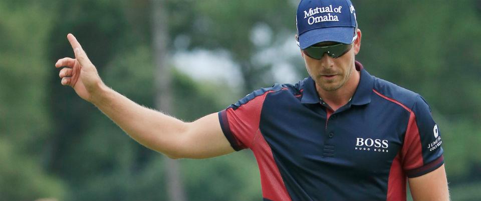 Henrik Stenson fand am besten ins FedExCup-Finale und führt das Feld nach der ersten Runde souverän an.