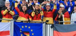 Diese deutschen Fans bei Ryder Cup 2014 würden sich sicher sehr über einen Zuschlag für Deutschalnd freuen. Nun dürfte ihre Hoffnung aber getrübt sein. (Foto: Getty)