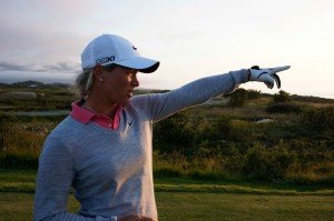 Suzann Pettersen auf dem Lofoten Golf Links. (Foto: Kevin Murray)