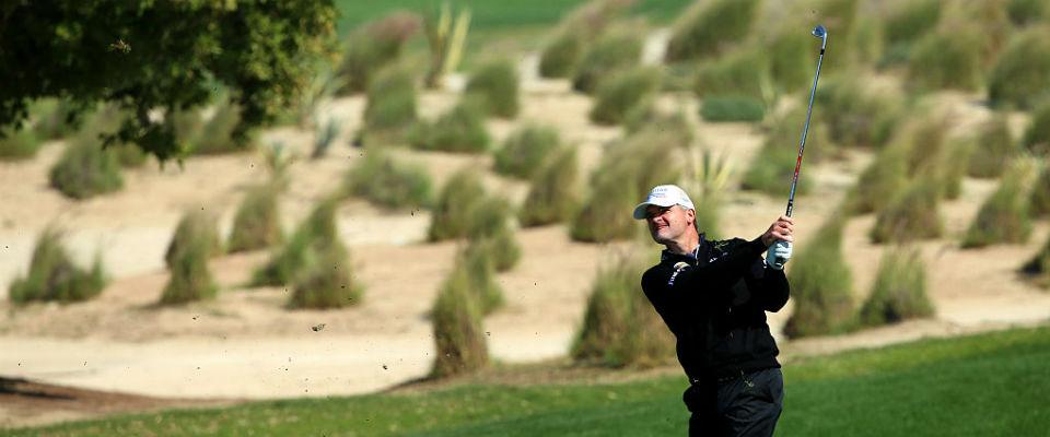 Konstant heißt gut bei den aktuellen Bedingungen in Katar, und Paul Lawrie hat das bisher am besten hinbekommen. (Foto. Getty)