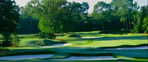 Die weich gezeichnete Führung des Grüns auf dem Platz des Augusta Country Club. (Foto: www.augcc.com)