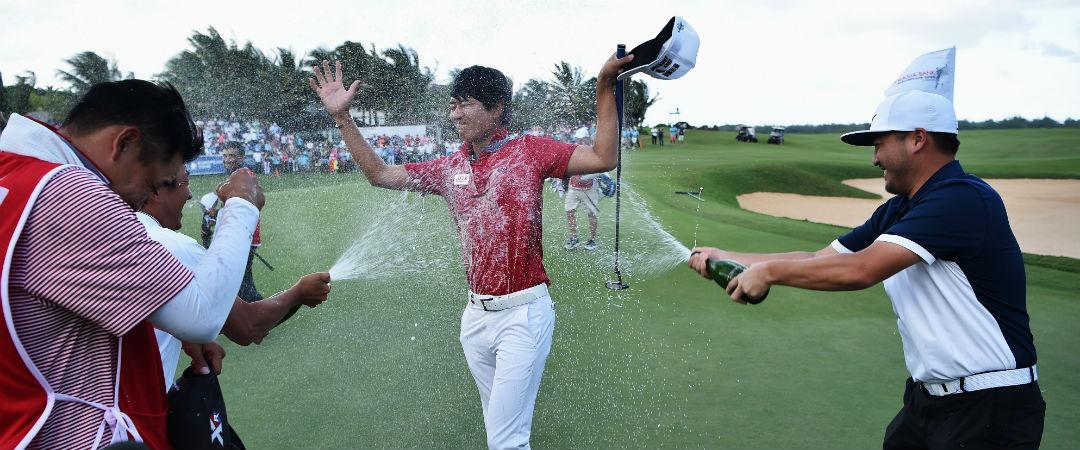 Überschäumender Jubel bei der AfrAsia Bank Mauritius Open: Jeunghun Wang sichert sich denkbar knapp den Turniersieg. (Foto: Getty)