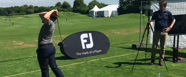 Der Spieler muss lediglich drei Drives schlagen, um den geeigneten Schuh zu finden. (Foto: Golf Post)