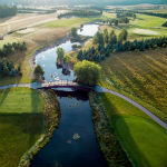 Der Sierra Golf Club mit seinen liebevollen Wasserhindernissen. (Foto: sierragolf.pl)