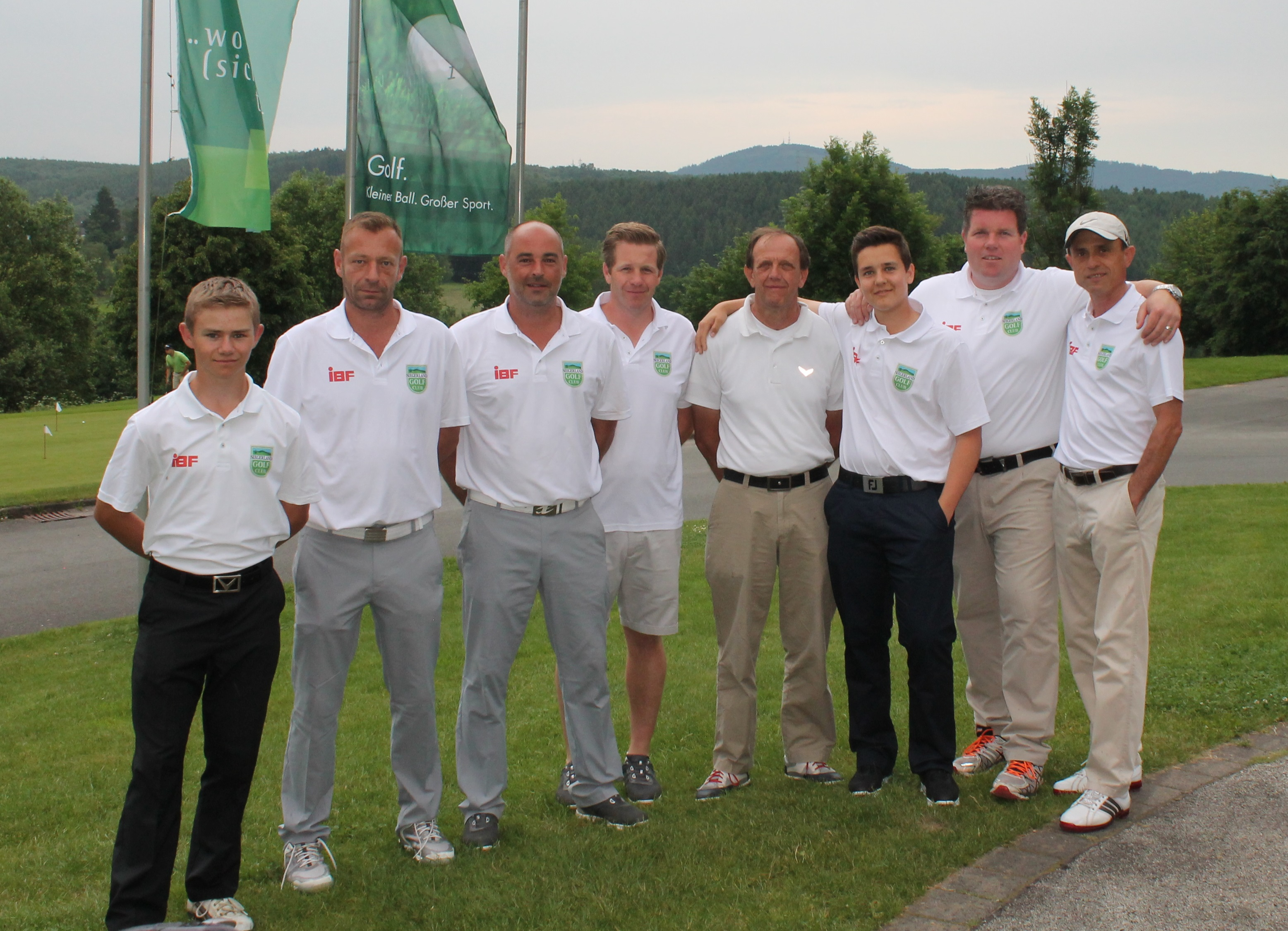Aufstieg der Clubmannschaft GC Siegerland