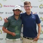 Hinrich Arkenau (links) mit seinem Caddie Jonas Benger. (Foto: Golf Post)