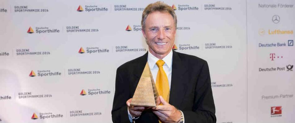 Bernhard Langer hat wieder Grund zum Jubeln: Er erhält die Goldene Sportpyramide und wird in die deutsche Hall of Fame aufgenommen. (Foto: Deutsche Sporthilfe)